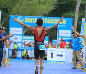 BT16_OD_Wibowo-finishes-first_Backview_CANO1477